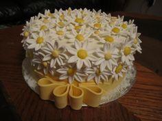 Daisy Birthday Cake - *
