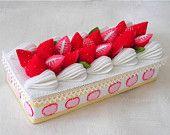 Kawaii Felt Cake Box with Strawberries Lid  Jewelry Box / g5