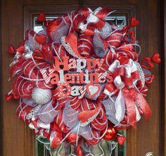 Deco Mesh HAPPY VALENTINE'S DAY Wreath in Red and by decoglitz
