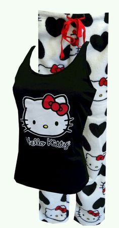 Hello Kitty Love That Kitty Plush Pajama Set Simply adorable pajamas! These tops and bottoms for women feature classic Hello Kitty in red, white, and black. Hello Kitty Clothes, Hello Kitty Items, Hallo Kitty, Here Kitty Kitty, Casual Cosplay, Sanrio, Hello Kitty House, Cute Pjs, Hello Kitty Collection