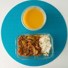 Bom dia e bom almoço  hoje temos sopa de cenoura e lentilhas estufadas para o almoço de hoje. Tenham um bom final de semana