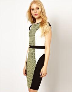 Body-Conscious Dress...