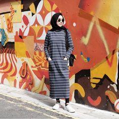 Nous allons vous proposer dans ce post uneNouvelle collection de Robe d'hiver pour femme musulmane. profitez et inspirez vous! Vous en dites quoi? commentaires