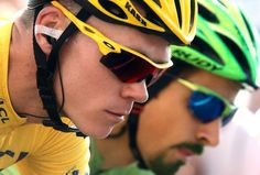 Chris Froome & Peter Sagan- final stage of TDF Chris Froome, Biker Boys, Pro Cycling, Bicycle Helmet, Gentleman, Cool Photos, Take That, Tours, Cross Country