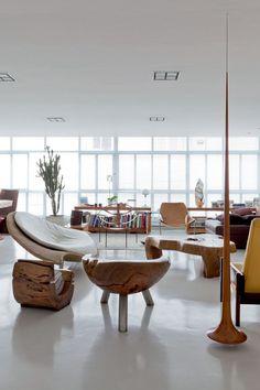 O lar-galeria do designer-escultor A morada é quase um museu da arte brasileira