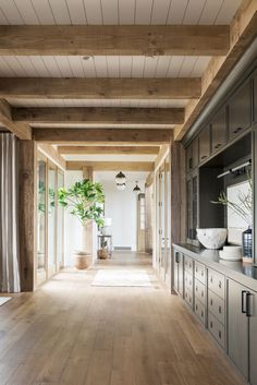 built in buffet design. Beams in dining area. Wood Truss, Wood Beams, Wood Ceiling Beams, Wood Ceilings, Modern Ceiling, Shiplap Ceiling, Coffered Ceilings, Hallway Ceiling, House Ceiling