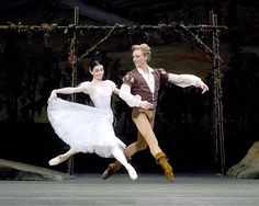 ABT's Giselle with Natalia Osipova and David Hallberg... Saw this live, and it was the best experience of my life.