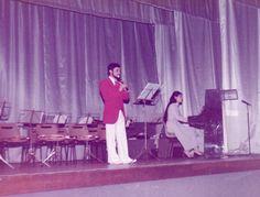 Une démonstration de flûte à bec au concert de Sainte Cécile à Souppes-sur-Loing (77) - 21.11.1982 - Mireille Babut, piano & Dominique Boissy, flûte à bec