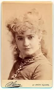 Lotta Crabtree, San Francisco, CA. Lotta's Fountain was named after her. Vintage Photos Women, Vintage Images, My Past Life, The Past, Historical Pictures, Historical Fiction, Barbary Coast, Victorian Hairstyles, Old Portraits
