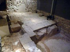 C.Romanas: Barcino. MUHBA (Museu d'Història de Barcelona) | by Rafael del Pino. Wine-making facility. Last half of the 3rd century-4th century AD. Pavement of stone slabs The slabs form a ramp to allow the transfer of the wine barrels from the cellar to the exterior.