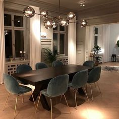 47 Trendy Dining Room Designs Ideas You Cant Miss Out - When considering dining room design in your home, you primarily have the décor and furniture to consider. These factors will largely be influenced by . Dining Room Lamps, Dining Room Design, Living Room Decor, Dining Table Lighting, Dining Decor, Lamp Table, Decor Room, Design Kitchen, Kitchen Interior