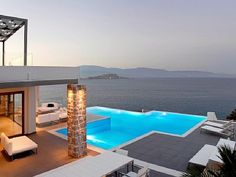 Villa in Greece overlooking the sea