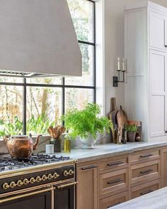 Design Trend Artisan LayersBECKI OWENS Add warmth and character to your s. Design Trend Artisan LayersBECKI OWENS Add warmth and character to your space with one of th Carved Wooden Bowl, Wooden Bowls, Home Design, Kitchen Dining, Kitchen Cabinets, Rustic Kitchen, Modern French Kitchen, Modern Farmhouse, Kitchen Black