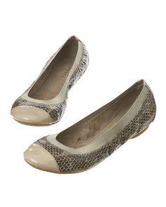 92401767d1f8 Modetøj til kvinder  Køb dametøj og damesko online hos STYLEPIT