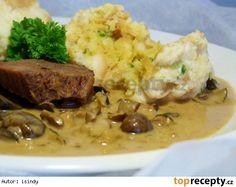 Houbová omáčka a karlovarské koule Czech Recipes, Ethnic Recipes, Mashed Potatoes, Steak, Recipies, Food And Drink, Menu, Whipped Potatoes, Recipes
