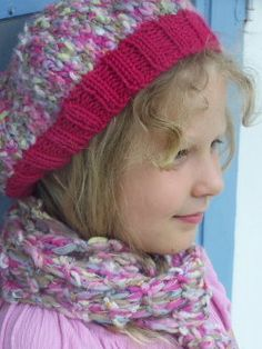 Free Knitting Pattern - Hats: Beret, Mittens and Scarf