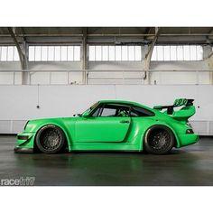 Cool green Porsche 911