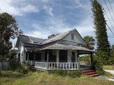 1940 Jensen Beach Florida house by mainmanwalkin, via Flickr
