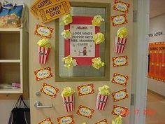 -Hollywood Classroom Theme – Bilder / Fotos – Tipps / Ideen – Bulletin Board i … - Bildung Lernen Circus Classroom, 5th Grade Classroom, Classroom Door, Classroom Themes, Classroom Organization, Movie Classroom, Popcorn Theme Classroom, Chemistry Classroom, Classroom Teacher