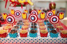 Los Avengers tienen enloquecidos a todos los niños y se ha convertido en un tema muy solicitado para las fiestas infantiles. Estas fantásticas ideas seguro que te servirán de inspiración. Ya sea que tu hijo tenga un héroe preferido, o simplemente adore el mundo de los superhéroes en general, estas ideas para fiesta infantil de …