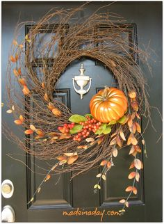 Pretty Autumn Wispy Wreath