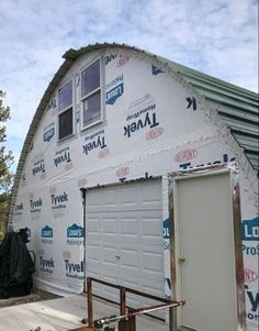 2018 Pricing Updates Are Here! We've crunched the numbers for you on our most popular sizes! If these don't quite tickle your fancy, we DO offer custom sizes and would be happy to speak with you. Tiny House Kits, Cheap Tiny House, Tiny Home Cost, Tiny House Cabin, Tiny House Living, Tiny House Plans, Tiny Houses, Small Living, Cheap Houses To Build
