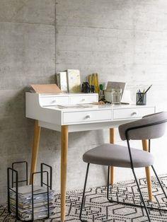 Micasa Arbeitszimmer mit Pult GRAHAM & Stuhl COSINI Graham, Office Desk, Beautiful Homes, Nest, Design, Diy, Money, Furniture, Home Decor