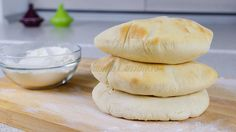 Healthy Diners, Tasty Bakery, Food And Thought, Cooking Bread, Bread Baking, Tacos And Burritos, Good Food, Yummy Food, Romanian Food