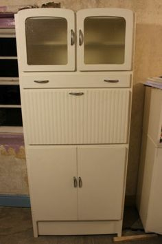 Kitchen larder pantry on pinterest larder cupboard for Vintage kitchen units uk