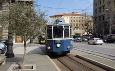 It has been a while since Austrian railway carriages were last seen in Trieste. But the former Habsburg port may well secure a direct rail link with Austria in summer 2018. Picture: Tram line 2 connects Trieste with Villa Opicina (photo © hidden europe).