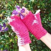 Raspberry Ripple Fingerless Gloves - via @Craftsy