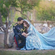 Army Wedding, Desi Wedding, Wedding Pics, Army Couple Pictures, Pakistan Armed Forces, Amazing Nature Photos, Military Couples, Pakistan Army, Army Love