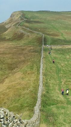 Hadrian's Wall Hadrian's Wall, Roman Roads, Roman Britain, Living In England, Walking Routes, Fantasy Castle, Roman History, Kingdom Of Great Britain, Great Wall Of China