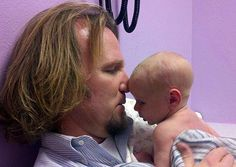 'Sister Wives' Season 5 Cast News: Kody Brown Tweets Biggest Reveal Yet About Robyn Being Pregnant After Tense Reunion Show [VIDEO]