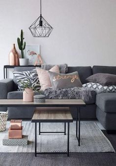 65+ Awesome Apartment Living Room Decorating Ideas On A Budget - Page 2 of 2
