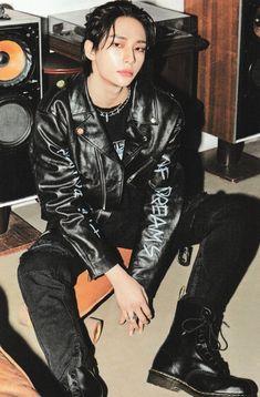 Estilo Bad Boy, Southern Baby Names, Glam Look, Names Girl, Z Cam, Kpop Guys, Kids Wallpaper, K Pop, Boyfriend Material