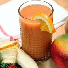 I couldn't juice the bananas so I actually made smoothie. Best Smoothie Recipes, Good Smoothies, Best Breakfast, Juicing, Healthy Choices, Vegan Vegetarian, Mango, Sunshine, Peach