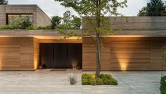 House U, Côme, 2015 - Marco Carini interior designer Modern Exterior, Exterior Design, Contemporary Architecture, Architecture Design, Facade Lighting, Garage House, Modern House Design, Home, Como Italy