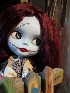 I cant believe I am saying this but this sally though looks fantastic creeps me out! And I love sally!