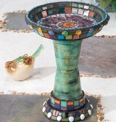 Mosaic bird bath made from flower pots  trays...I want this in my garden!