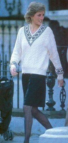 1989-04-18 Diana leaves Wetherby School after accompanying William on the first day of his new term
