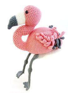 Flamingo haken. Wat een schatje die Coco Flamingo, leuk om te haken voor jezelf…