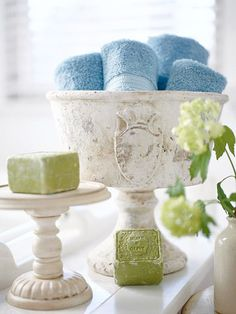 vintage urn for towels