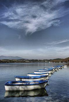 Lago de Bañolas (Girona) by Josep Mª.