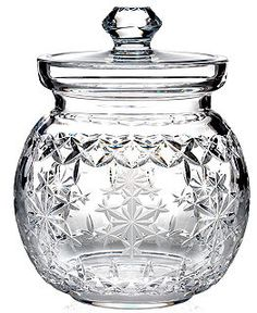 Waterford Crystal Gifts, 2013 Snowflake Wishes - the shape reminds me of my grandmother's crystal biscuit jar, circa late Crystal Glassware, Crystal Vase, Waterford Crystal, All Things Crystal, Crystal Gifts, Cut Glass, Glass Art, Crystal Collection, Beautiful Gifts