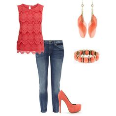 Coral outfit, this color will be trending this summer :)