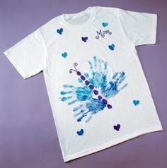 Cómo hacer una camiseta casera pintada para regalar