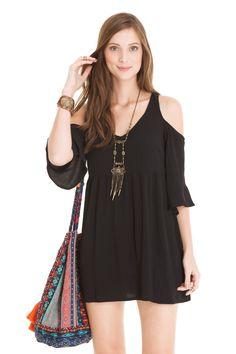 Vestido ombro vazado | Dress to