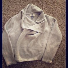 Old Navy Girls Cardigan Beautiful girls cardigan with snap/button at neck (keeps the sweater wrapped around you). Small kook-aid stain on neck, see picture. Old Navy Sweaters Cardigans