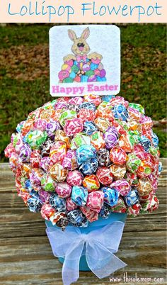 Lollipop Flower Pot Easter Centerpiece/Gift . Easy to make for all occasions. www.thisolemom.com